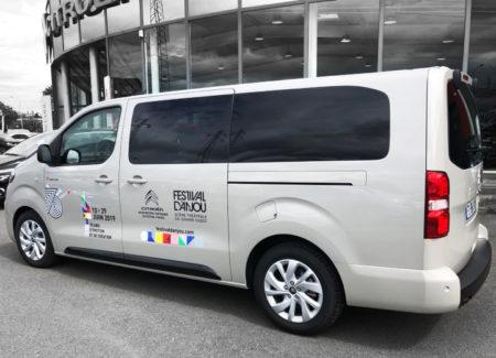 marquage minibus festival anjou 2019